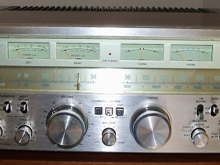 SANSUI G-9000 SOUNDS AND LOOKS GREAT