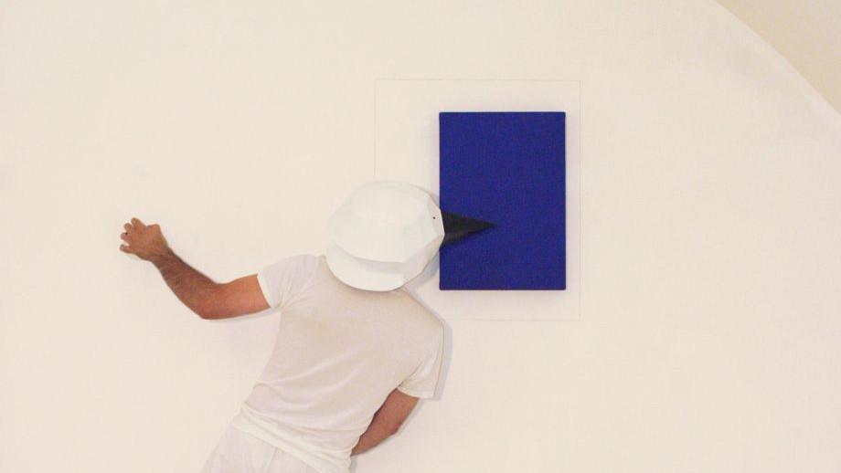 L'artista e l'Utopia - performance by Walter Perdan