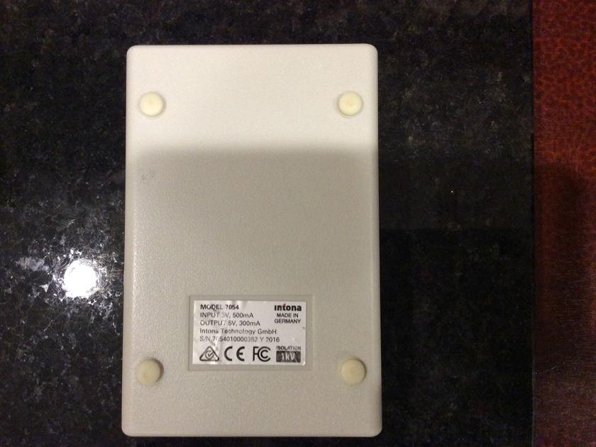 Intona  USB 2.0 Hi-Speed Isolator Free shipping & Paypal