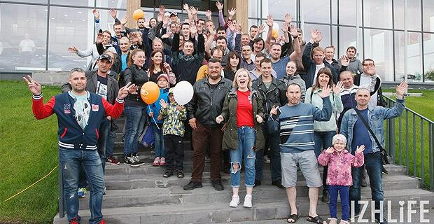 «НАШЕ Радио» в Ижевске разыграло юбилейные 100 литров бензина - Новости радио OnAir.ru