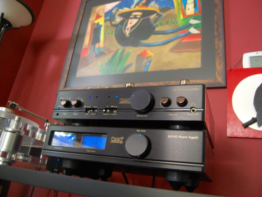Cary Audio Design SLP-05 In black, very clean w/many extras!