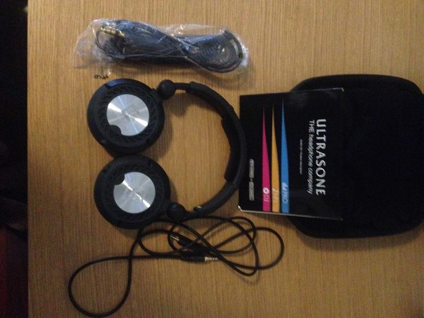 Ultrasone Pro2900 Open back over ear headphones
