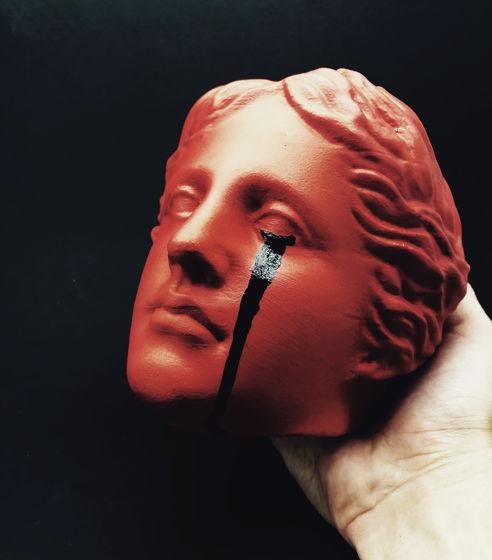 Кашпо Венера (красное)