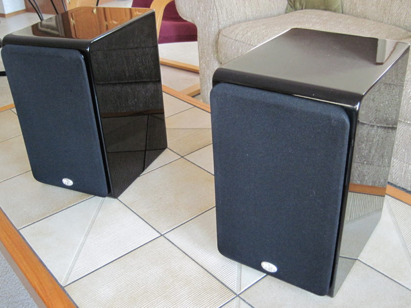 NHT  Monitor Loudspeakers SB-3; pair in gloss black with factory boxes, packing and manual