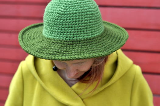 круглая ШЛЯПА травяного зеленого цвета