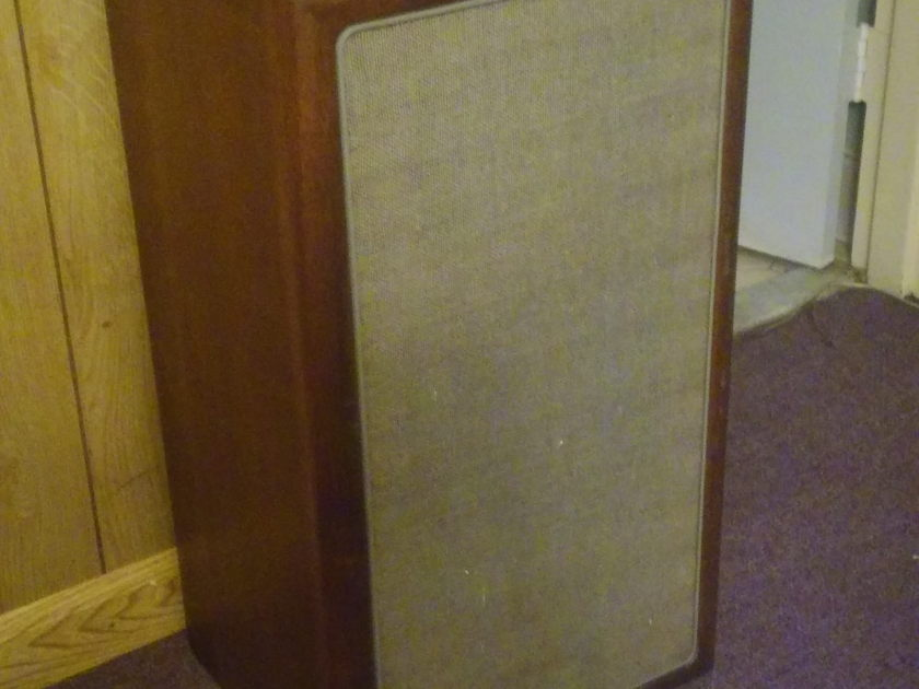 Advent A3 Set of Vintage Advent Speakers  including a baby sub woofer