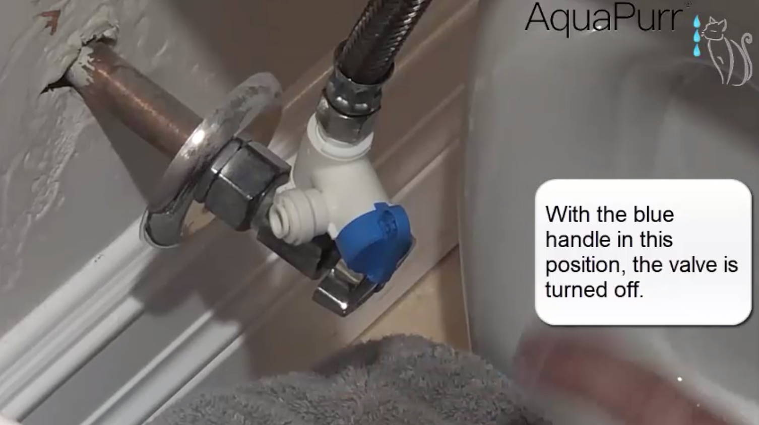 Install a tee valve on the toilet water supply for an AquaPurr on a bathtub