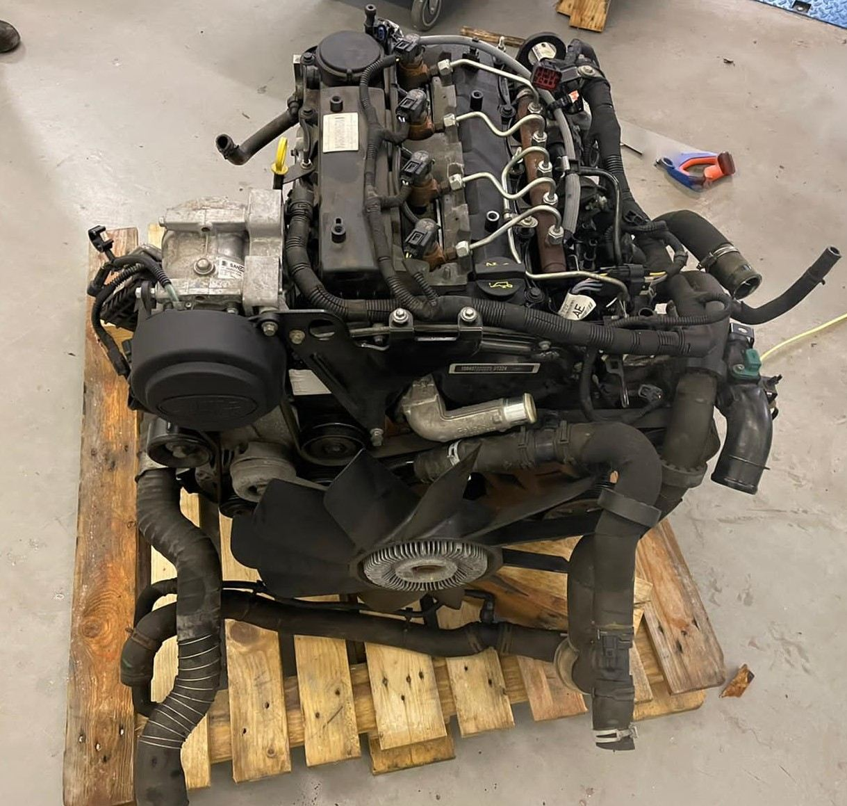 2013 2.2 TDCI COMPLETE ENGINE 45,000 MILES's featured image