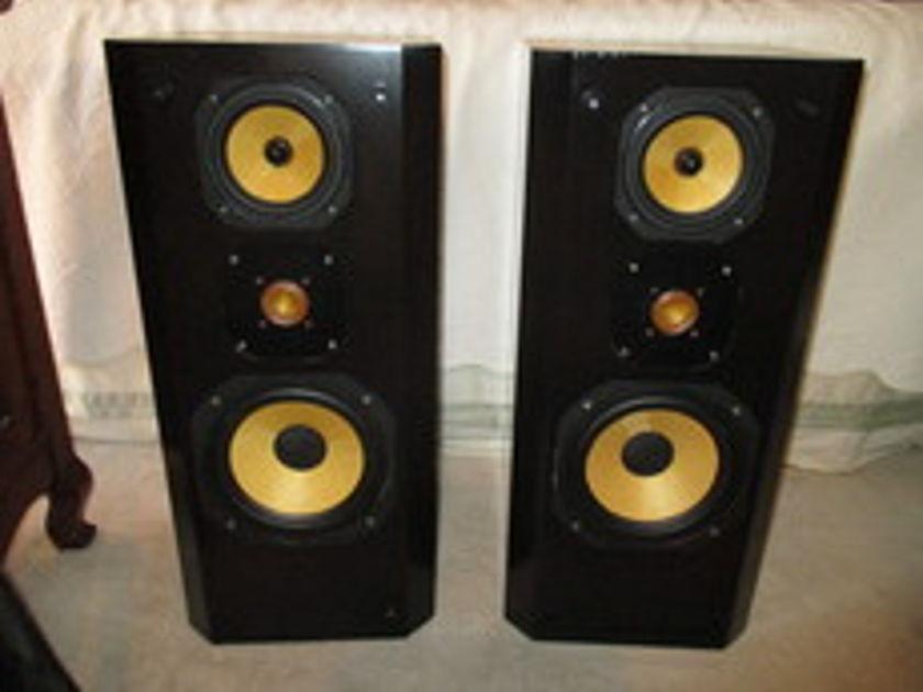 JM Labs 703 Opium K2 3-way speakers