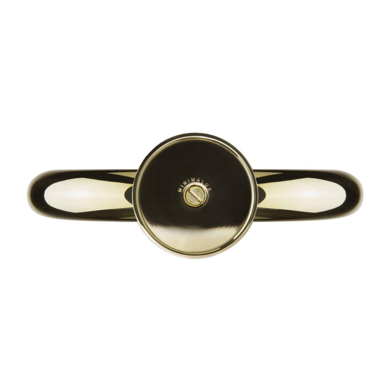 U Candleholder in Brass base detail