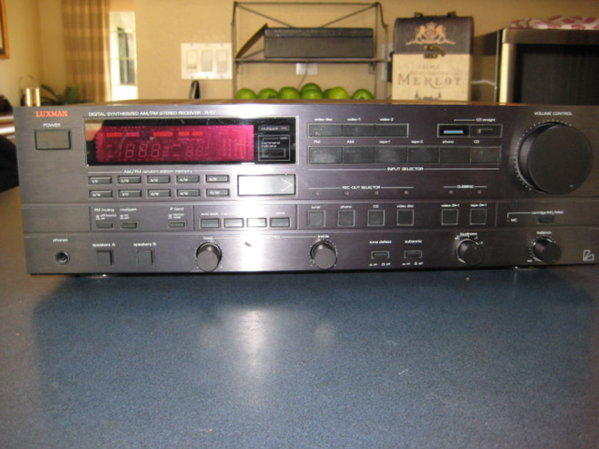 Luxman  R117 2 channel Receiver