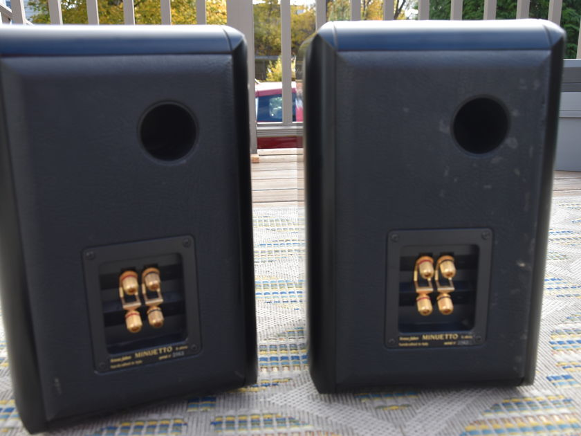Sonus Faber  Minuetto Speakers  - Satin Black Finish   MADE IN ITALY!  w/ Factory Box