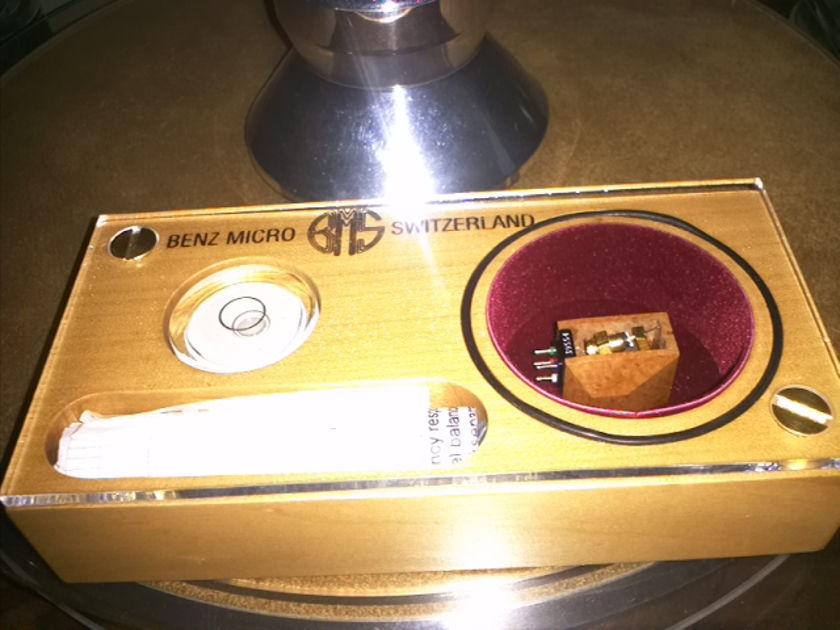 Benz Micro Wood SL  and Benz Micro MC Gold   two new Phono Cartridge