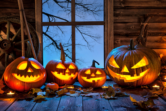 Jesolo - Eight stylish Halloween party decoration ideas