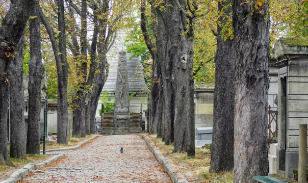 Секреты легендарного кладбища Пер Лашез