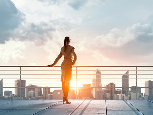 Women in real estate – of role models, challenges and outdated clichés