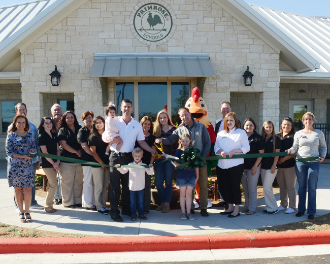 Primrose staff and faculty at the ribbon cutting ceremony for Primrose school of Dripping Springs