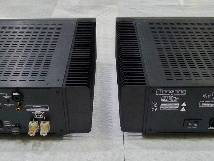 Bryston 7B-SST2 monoblocks power amp 220 / 240 volts. Will split shipping fee !