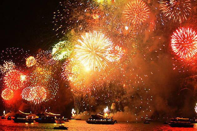 Новогодний круиз по Босфору