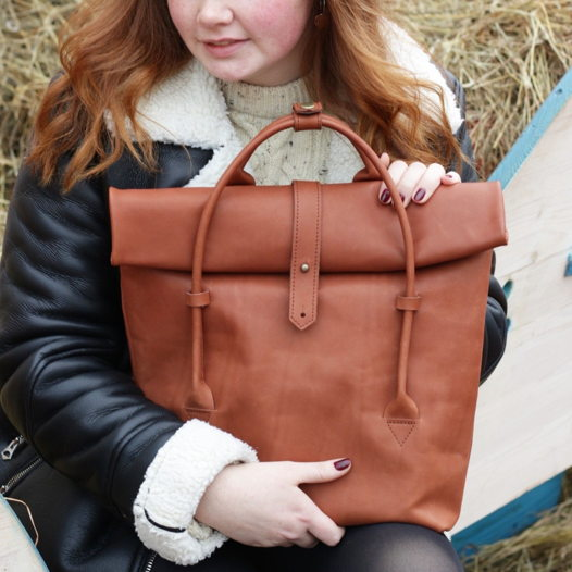Кожаный рюкзак-сумка Rolltop Cinnamon