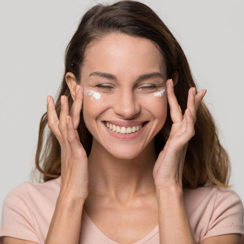 Naturprodukte für die Frau exklusiv mit OSIRIUS® - Jeder Mensch ist anders - Naturheilmittel mit Biopersonalisierung®