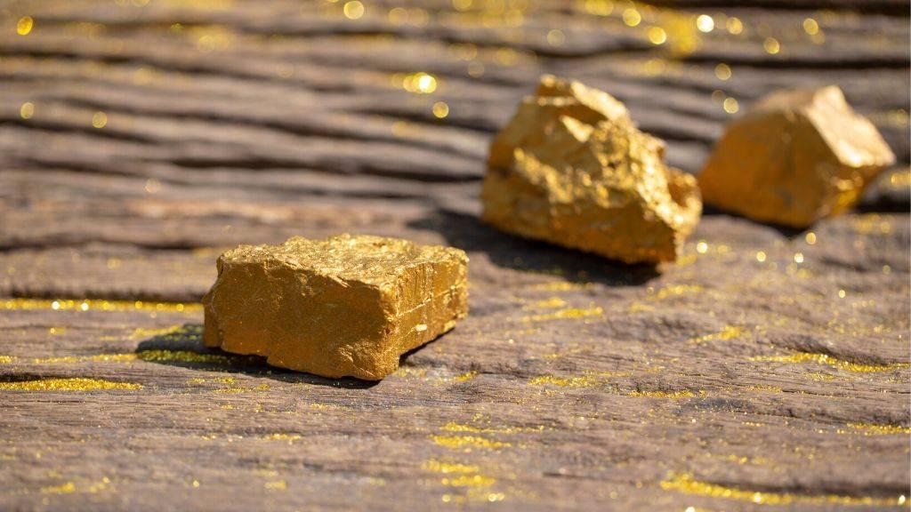 Gold pepite