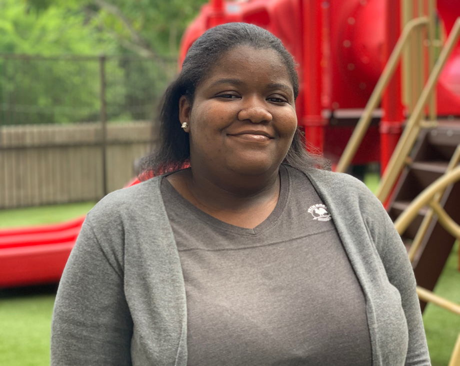 Alexia McDowell , Support Staff