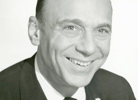 AUG 1945