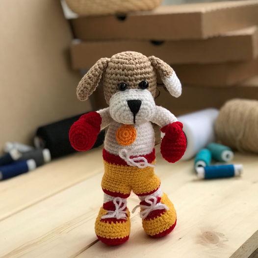 """Вязанная игрушка """"Собака Чемпион """""""