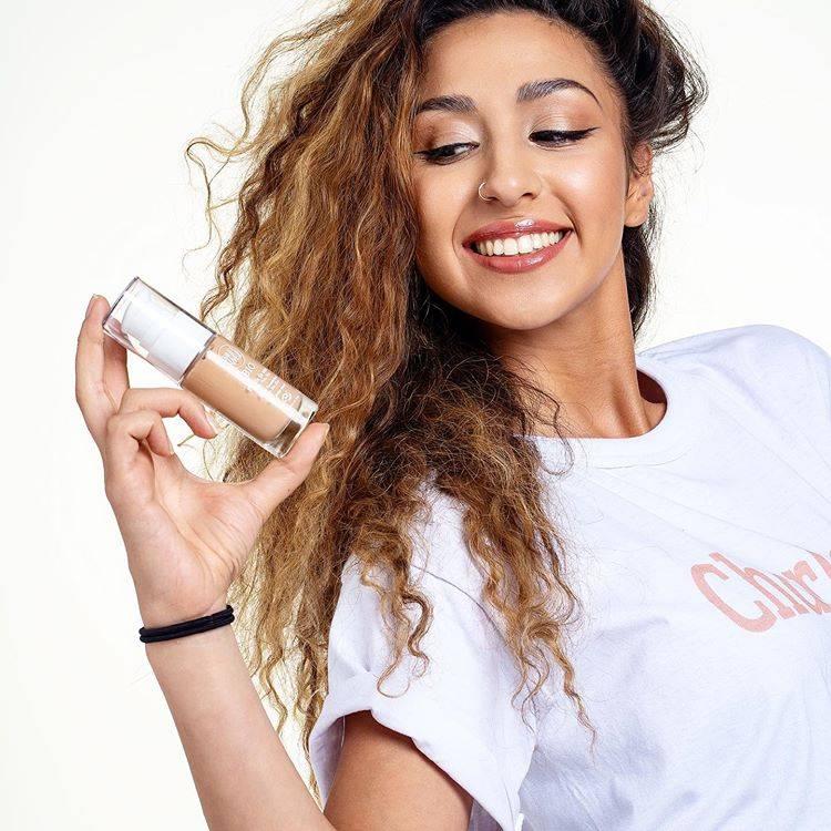charlotte makeup bio - stellar agence  shopify