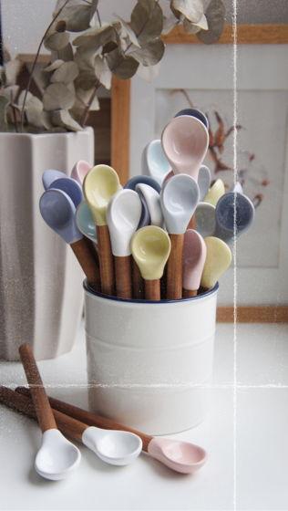 Керамическая ложка для специй ручной работы