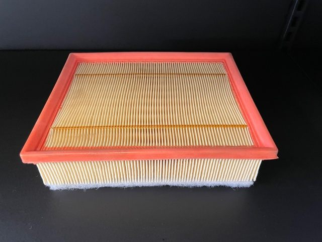 PHE500060 Defender tdci 2.2/2.4 air filter's featured image