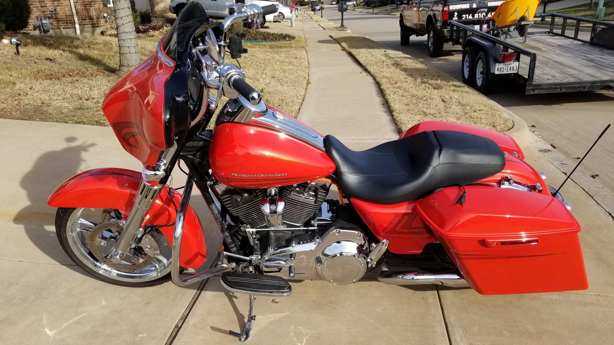 Dallas Harley Davidson >> Harley Davidson Street Glide Special For Rent Near Lake Dallas Tx