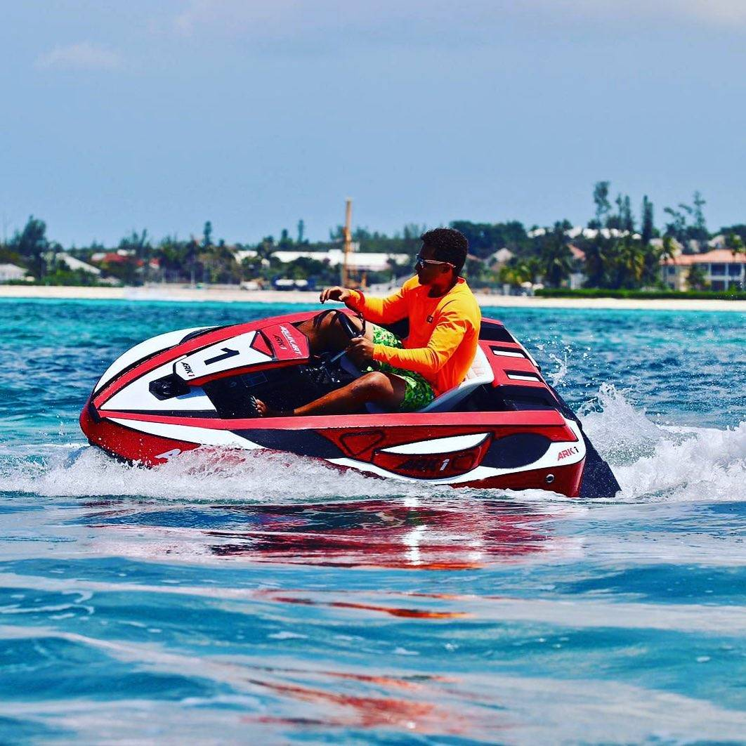 driving aquaracekart in caribbean