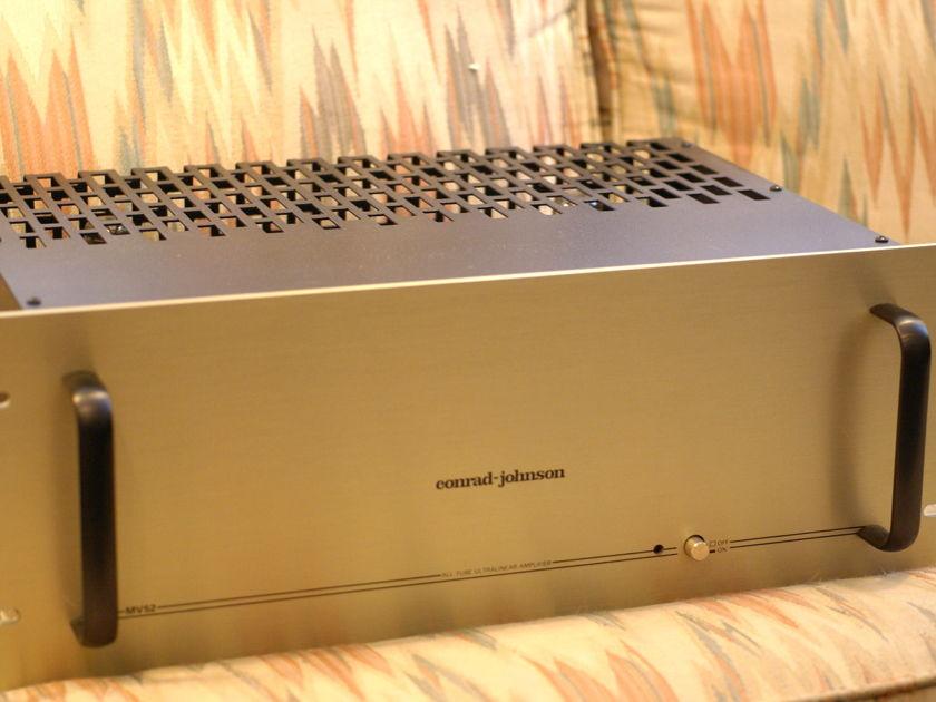 Conrad Johnson  MV-52 tube amplifier