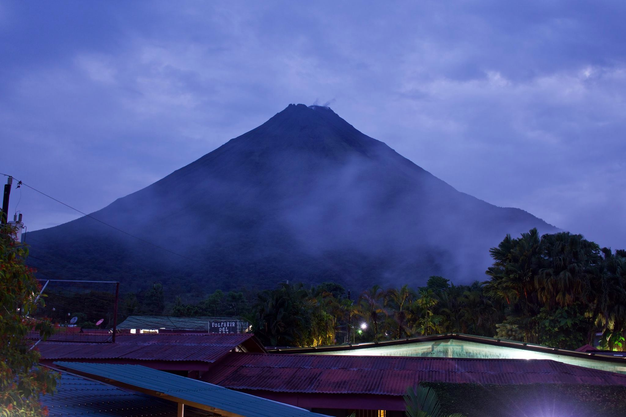 Picture of Antonio Volcano at night