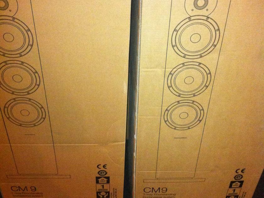 B&W CM9 gloss black New factory sealed