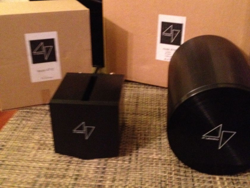 47 Lab Phonocube and Power Humpty Model 4712 and 4700 120v
