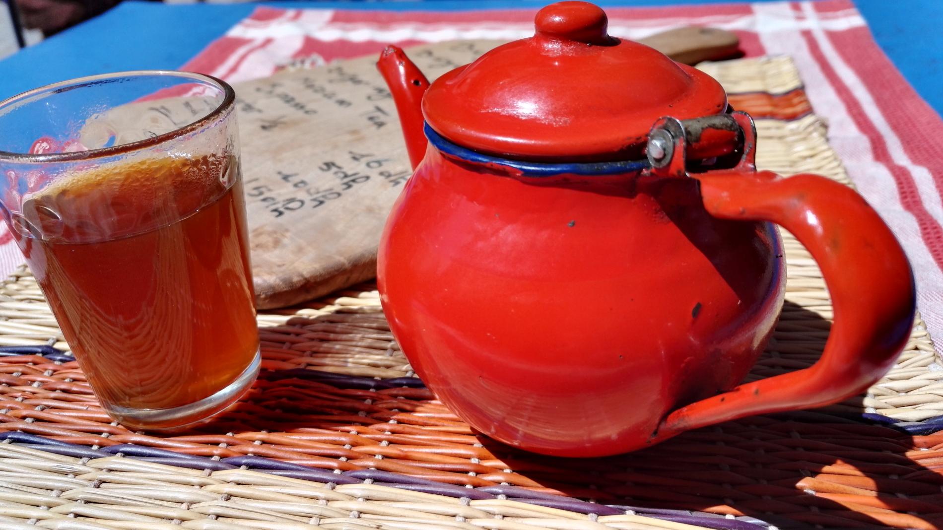 Gewürznüsse Tee in Marokko