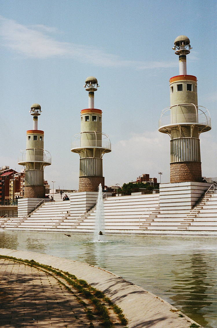 Parc de L'Espanya Industrial, Barcelona | Photographed by Hannah Davis for Wolf & Moon