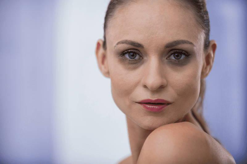 Biovolen Jasminsalbe bei Augenringen