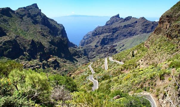 Обзорная по западу острова или по следам съёмок фильма «Форсаж 6»