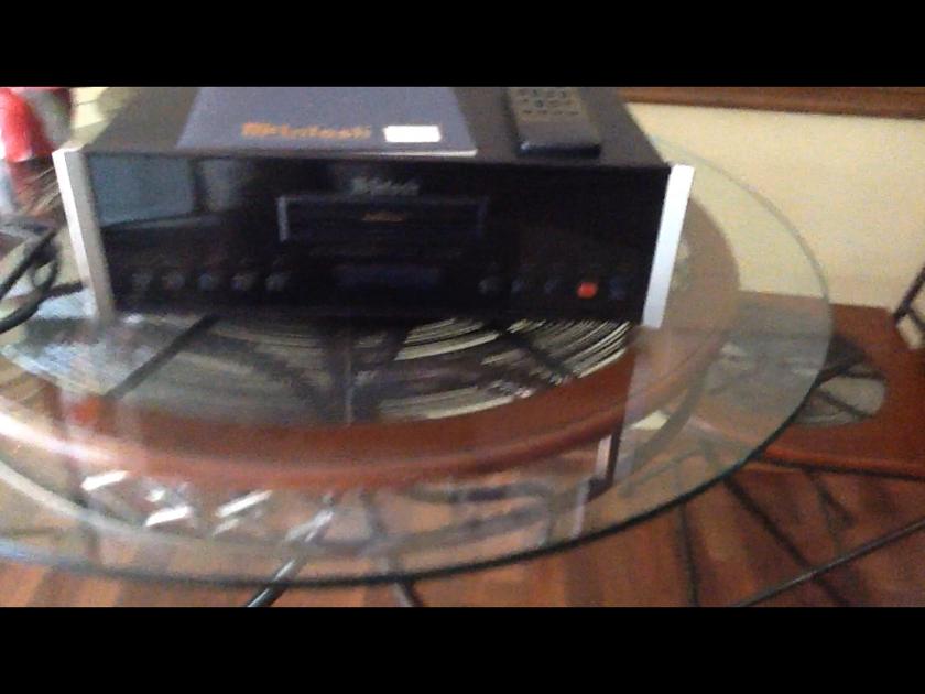 Mcintosh  MCD-500 SACD/CD PLAYER