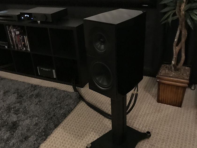 Elac Adante As61 Sm With Matching Stands Monitors Audiogon