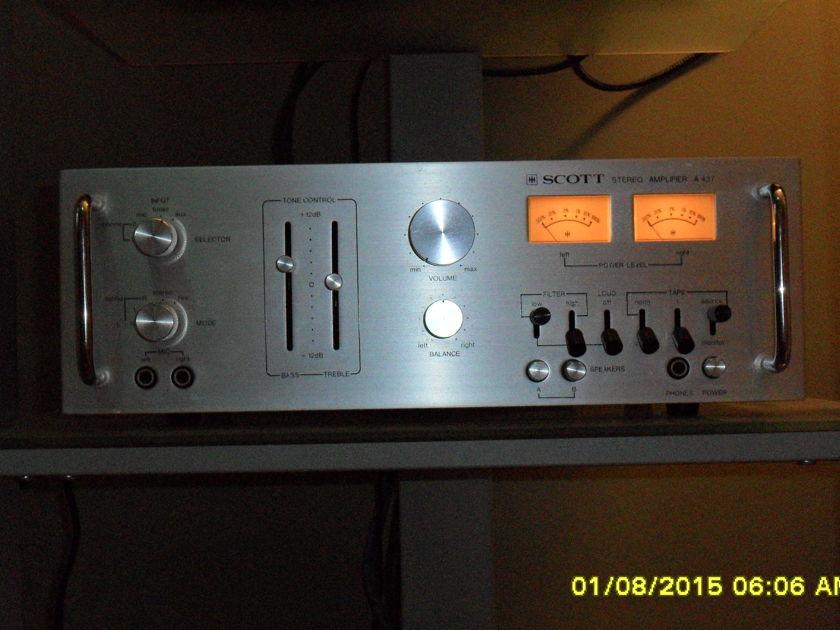 H.H. Scott Stereo Amplifier A 437