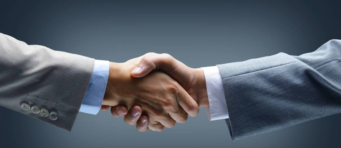 warranties and refunds promise handshake