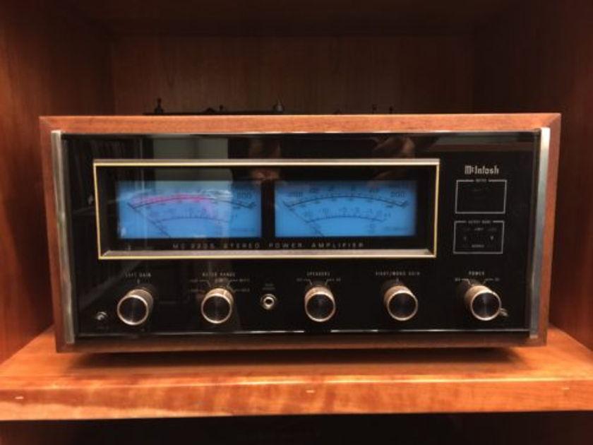 McIntosh C2205 Power Amp+wood case Pearl Audio, Portland OR