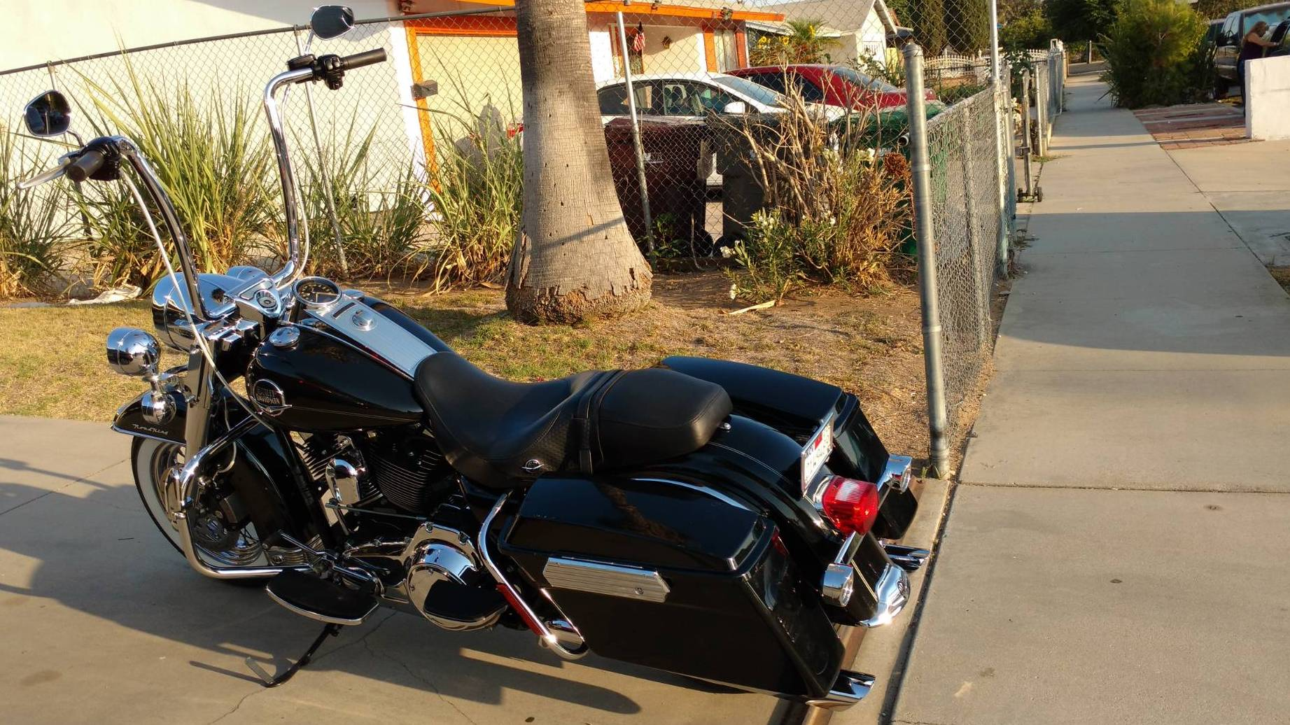 Harley Davidson Flhrc Road King Classic Black For Rent Near Moreno Valley Ca Riders Share