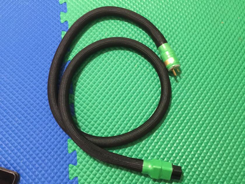 Shunyata Research Python helix alpha 20 amp 1.75 m For sale