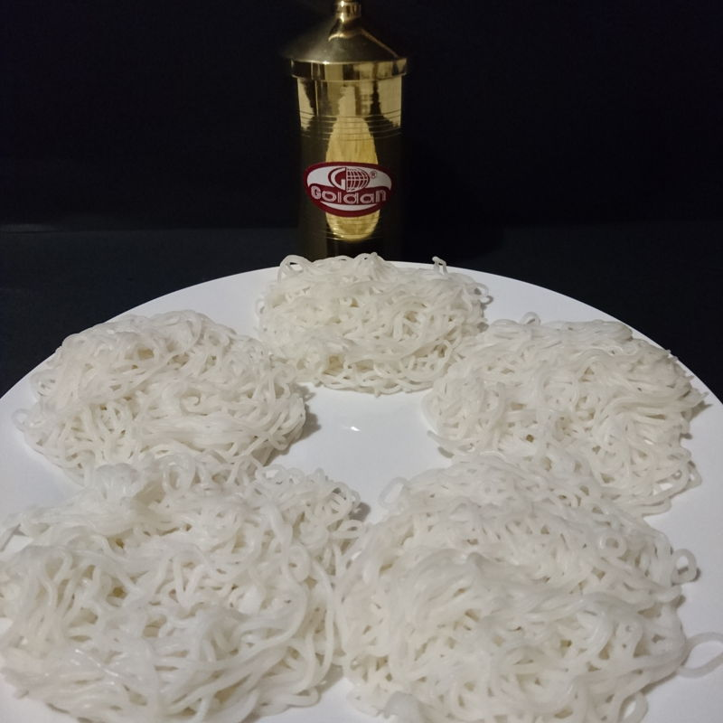Date: 20 Nov 2019 (Wed) 5th Breakfast: Idiyappam (String Hoppers) [110] [116.4%] [Score: 10.0]